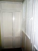 Металлопластиковая дверь между двумя частями лоджии г Николаев